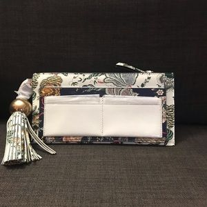 NWOT - TORY BURCH FLORAL TASSEL TOP-ZIP WALLET